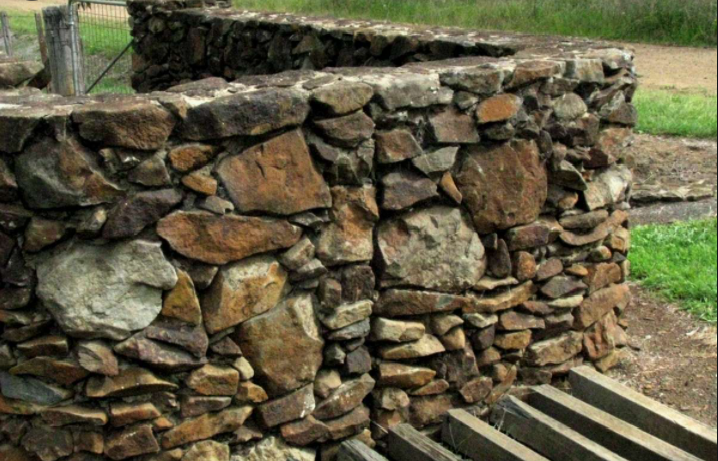 landscaping, Stone walls melbournes